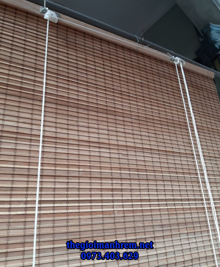 mành rèm trúc treo cửa sổ