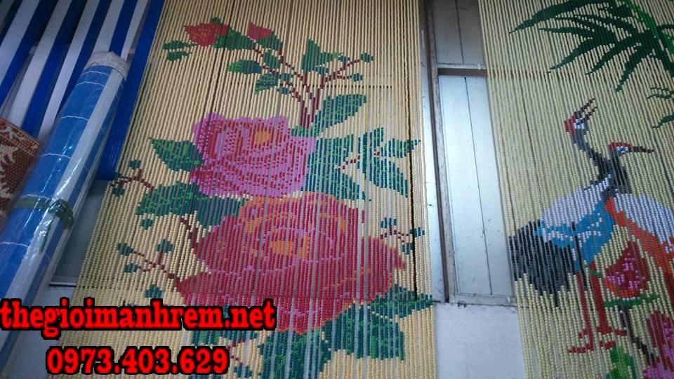 rèm hạt gỗ trang trí hình bông hoa