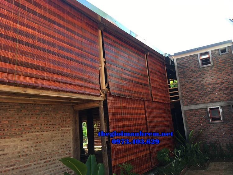 Mành trúc chống nắng cho ban công