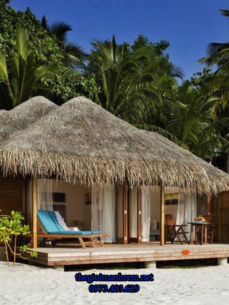 Làm nhà tre mái lá nghỉ dưỡng mùa hè