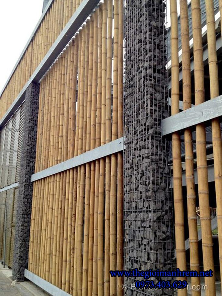 Làm tường rào tre trúc