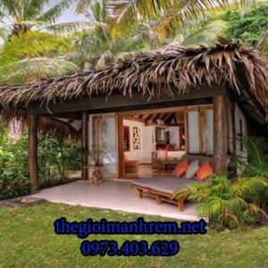 nhà chòi gỗ sân vườn