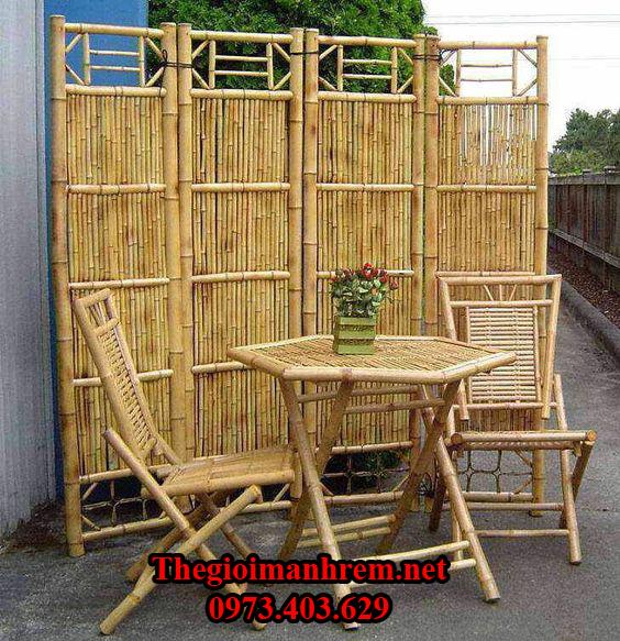 Bàn ghế tre ở Nghệ An