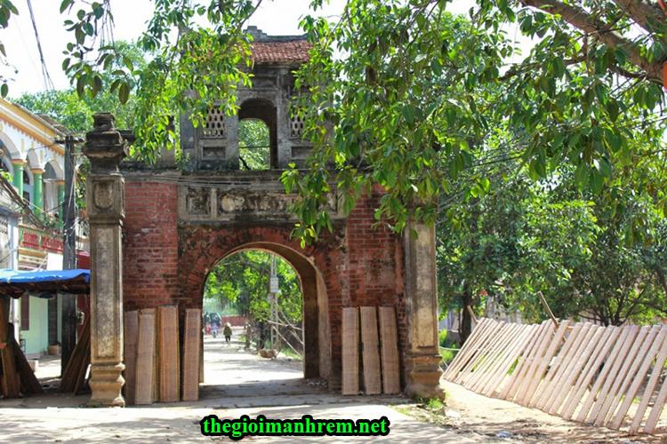 Cổng làng Thổ Hà - Tỉnh Bắc Giang