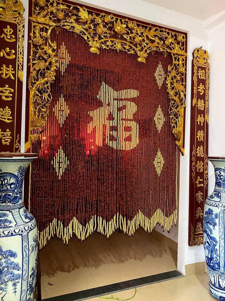 Rèm hạt gỗ phong thủy cho phòng thờ