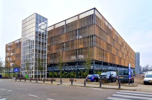 Nhà tre ở Amsterdam Hà Lan